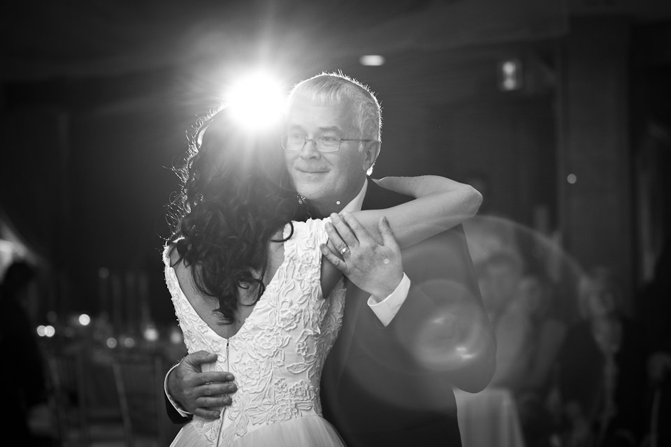 Professional Wedding Reception Photography – Losing Memories to Save some Pennies