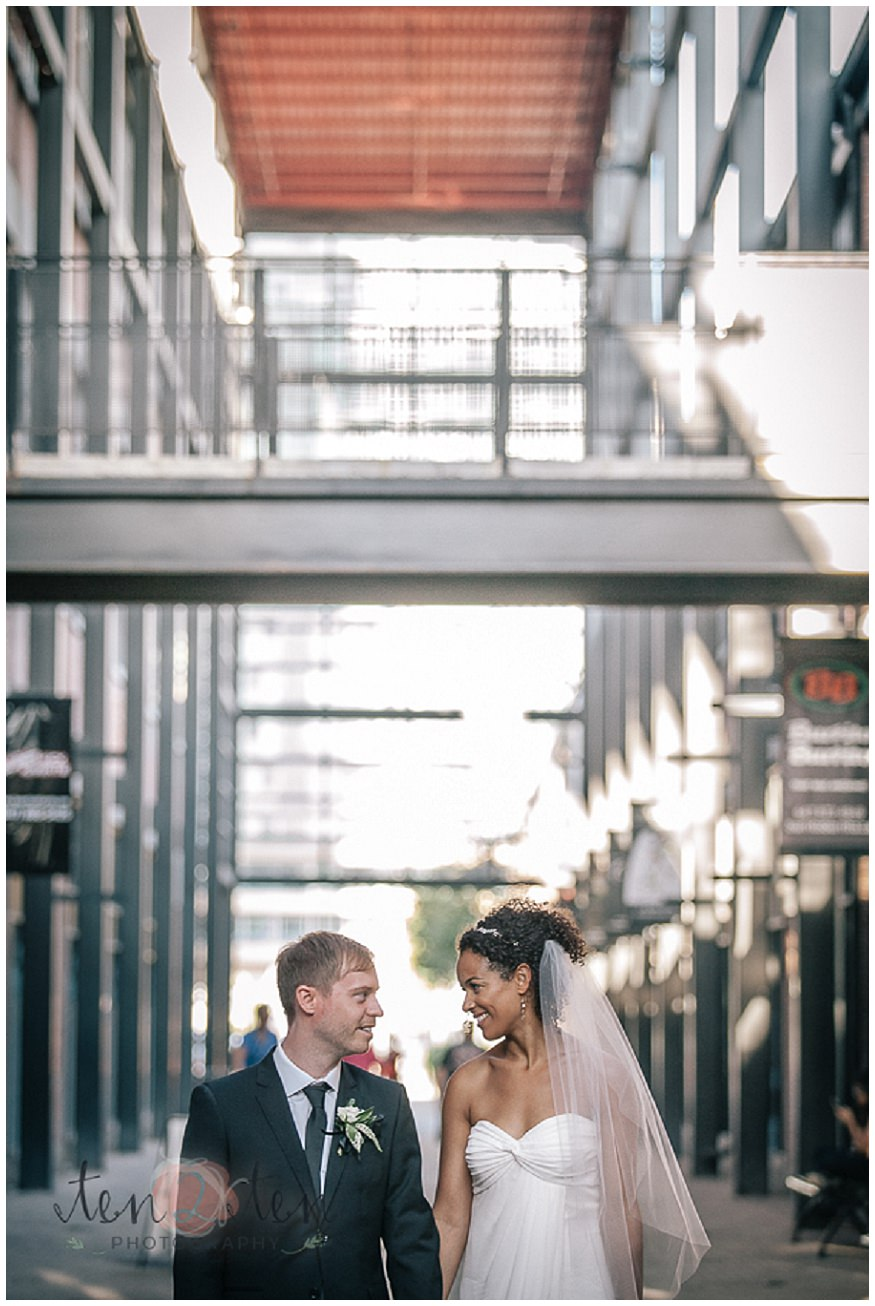 liberty village wedding, indoor photography in liberty village, indoor wedding photography toronto, liberty village wedding photography, wedding photos in liberty village