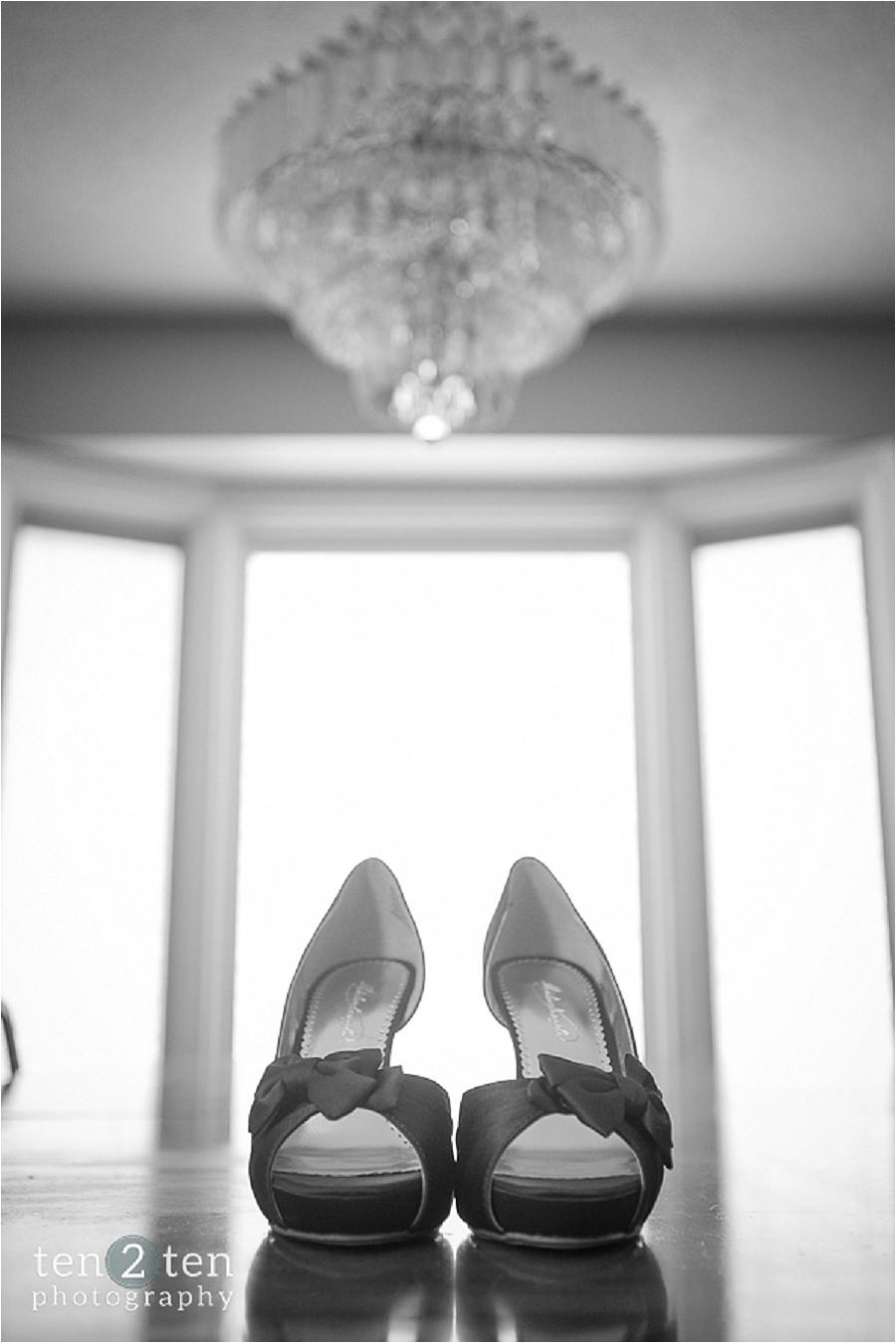 vaughan estates of sunnybrook wedding ten2ten 0010 - Estates of Sunnybrook Wedding: Danielle + Chris