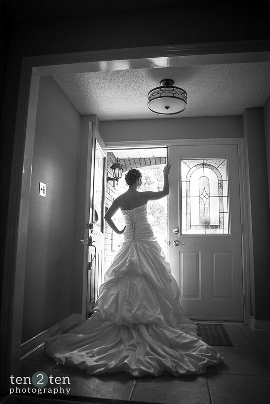 vaughan estates of sunnybrook wedding ten2ten 0019 - Estates of Sunnybrook Wedding: Danielle + Chris