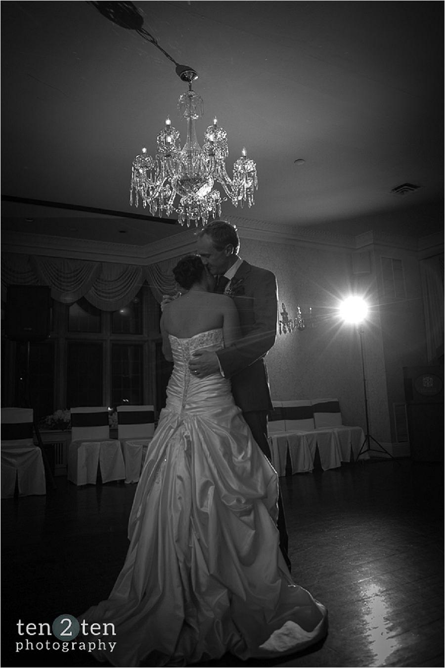 vaughan estates of sunnybrook wedding ten2ten 0079 - Estates of Sunnybrook Wedding: Danielle + Chris