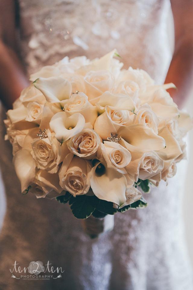 white bouquet, facebook likes, toronto wedding photography, toronto wedding photographer, toronto wedding photographers