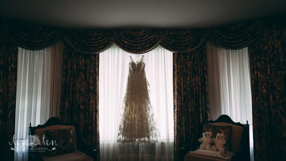 toronto wedding photographer frank antonella 114 - Toronto Wedding Photographer: The Venetian Banquet Hall Wedding Photos