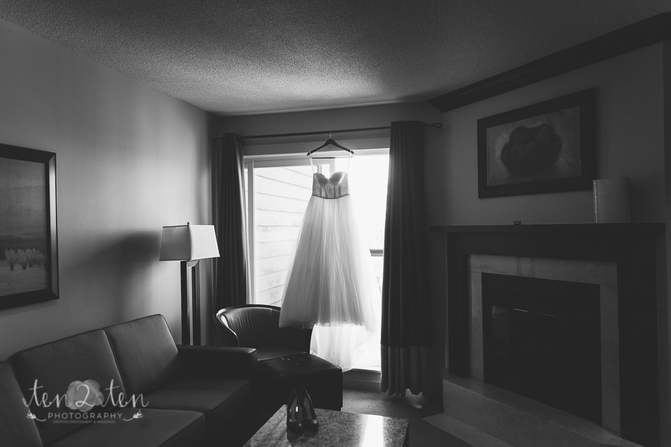 taboo resort wedding photos 22 - Taboo Resort Wedding | Toronto Wedding Photographer