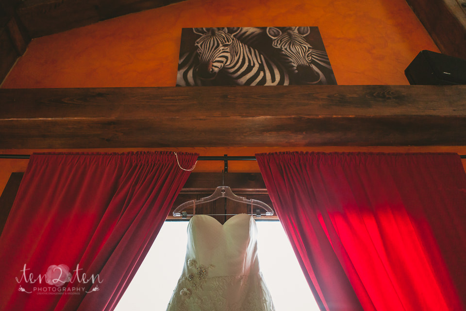 toronto wedding photographer 25 - Rustic Toronto Wedding