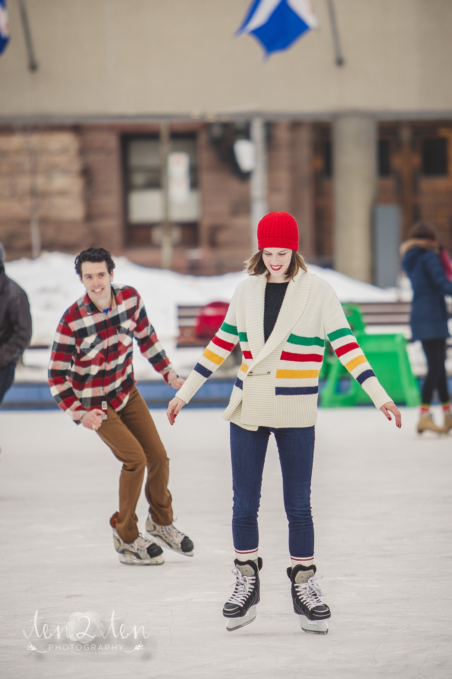 nathan phillips square engagement photos, downtown toronto engagement photos, ice skating engagement photos, skating rink engagement photos, downtown toronto engagement photos