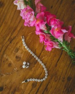 Who doesnt love a little sweet and elegant wedding bling?hellip