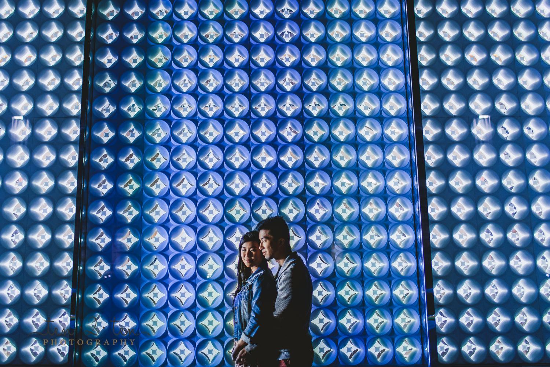 downtown toronto night engagement, night engagement photos toronto, night engagement photos, night engagement shoot tips, night time wedding photos