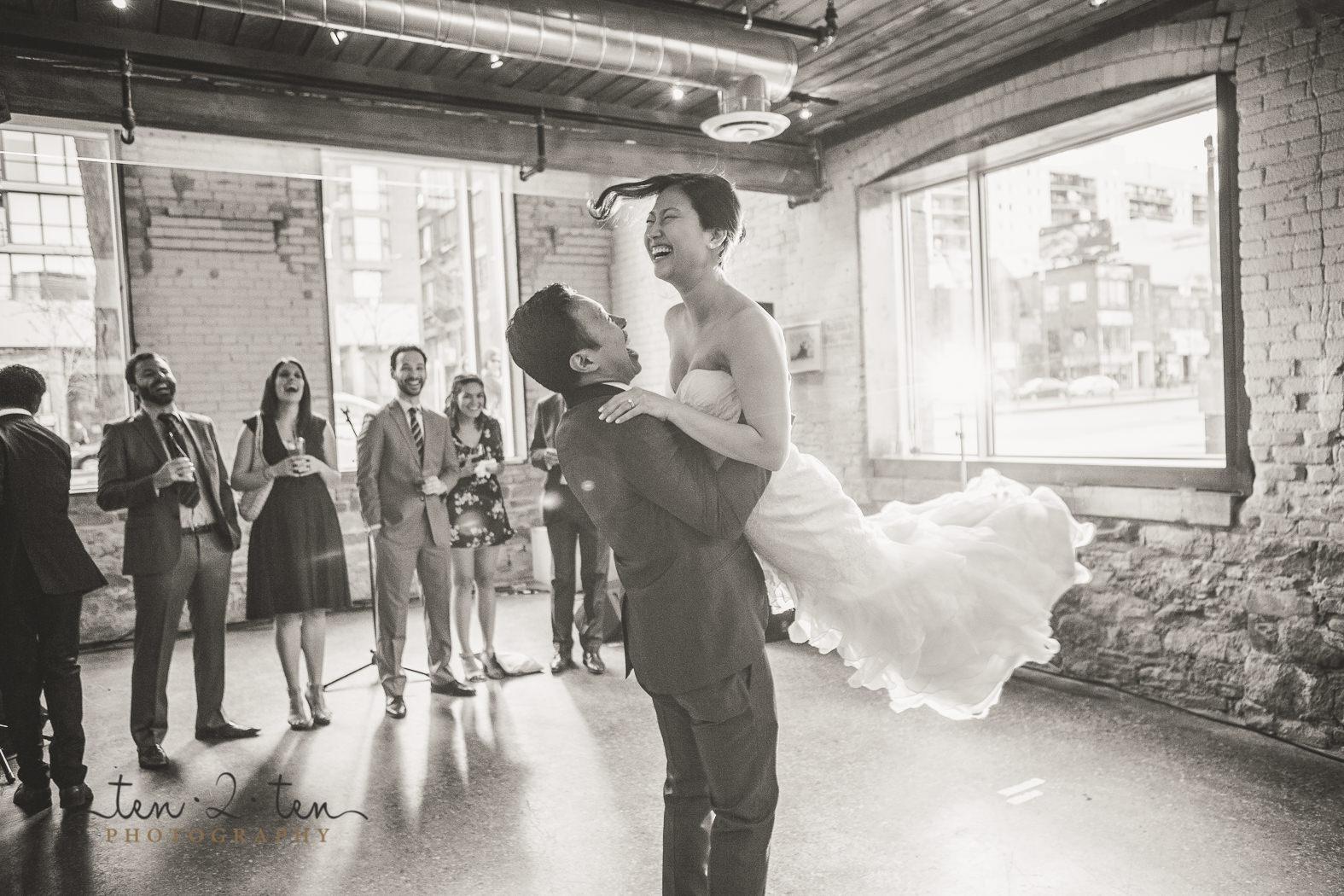 hotel ocho wedding, hotel ocho wedding photos, hotel ocho wedding photography, downtown toronto wedding, toronto wedding photography