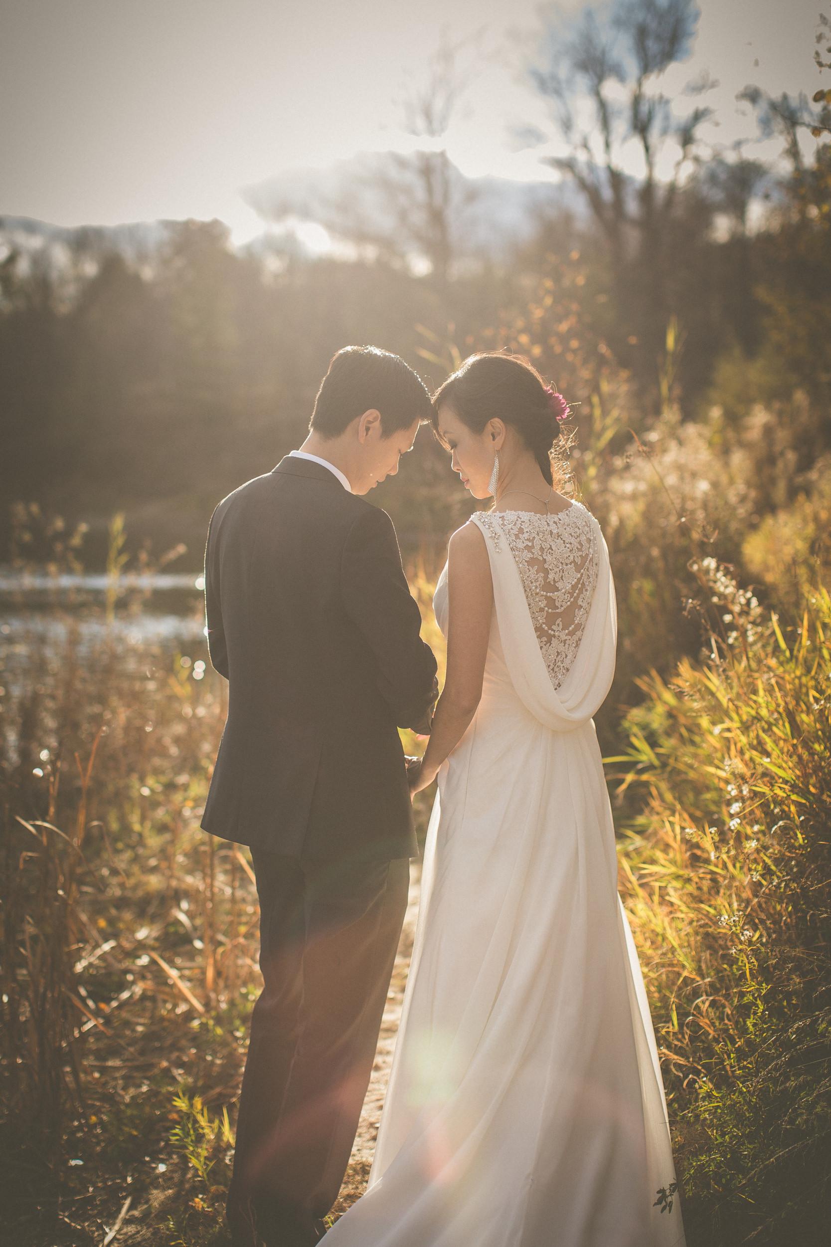 caledon wedding photographer, caledon wedding photography, wedding photos caledon, forks of the credit wedding photos, forks of the credit photos