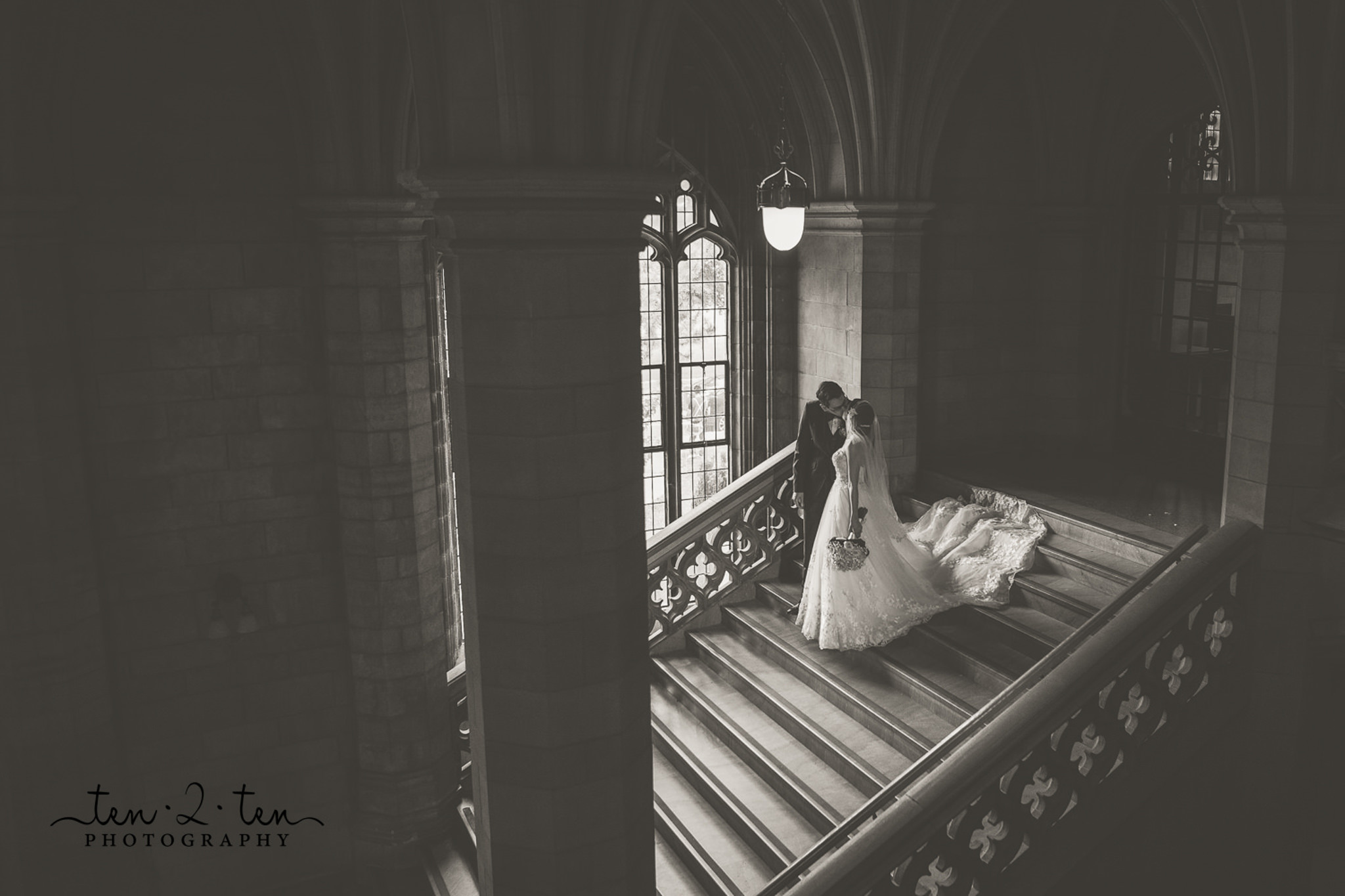 knox college wedding photos, knox college wedding, knox college wedding photography, rosewater room wedding photos, rosewater wedding photos