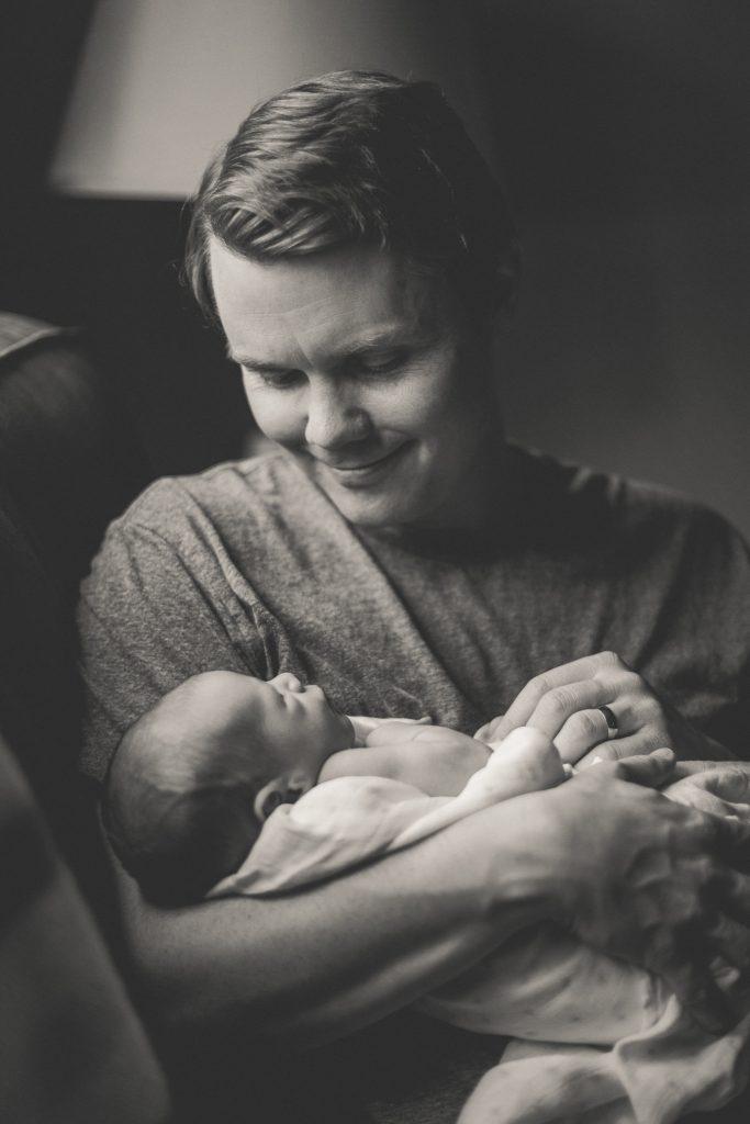 toronto newborn photographer, toronto newborn photography, toronto lifestyle photographer, toronto lifestyle photography, toronto newborn lifestyle photographer