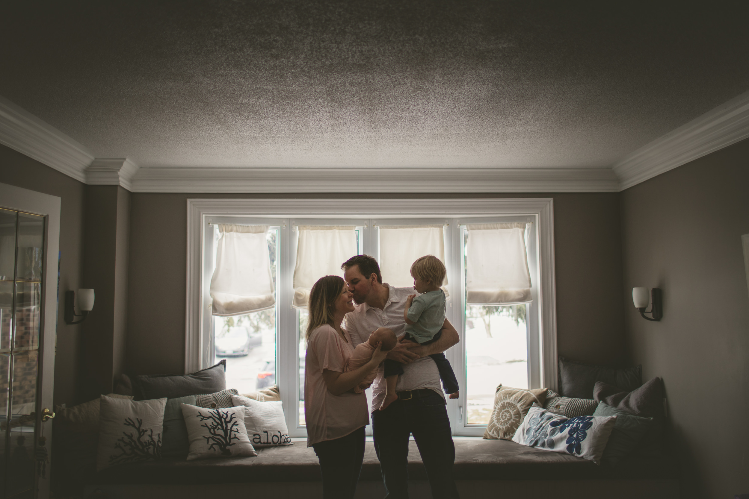 toronto lifestyle photographer ten2tenphotography 85 - Toronto Newborn Photographer: Baby Isla