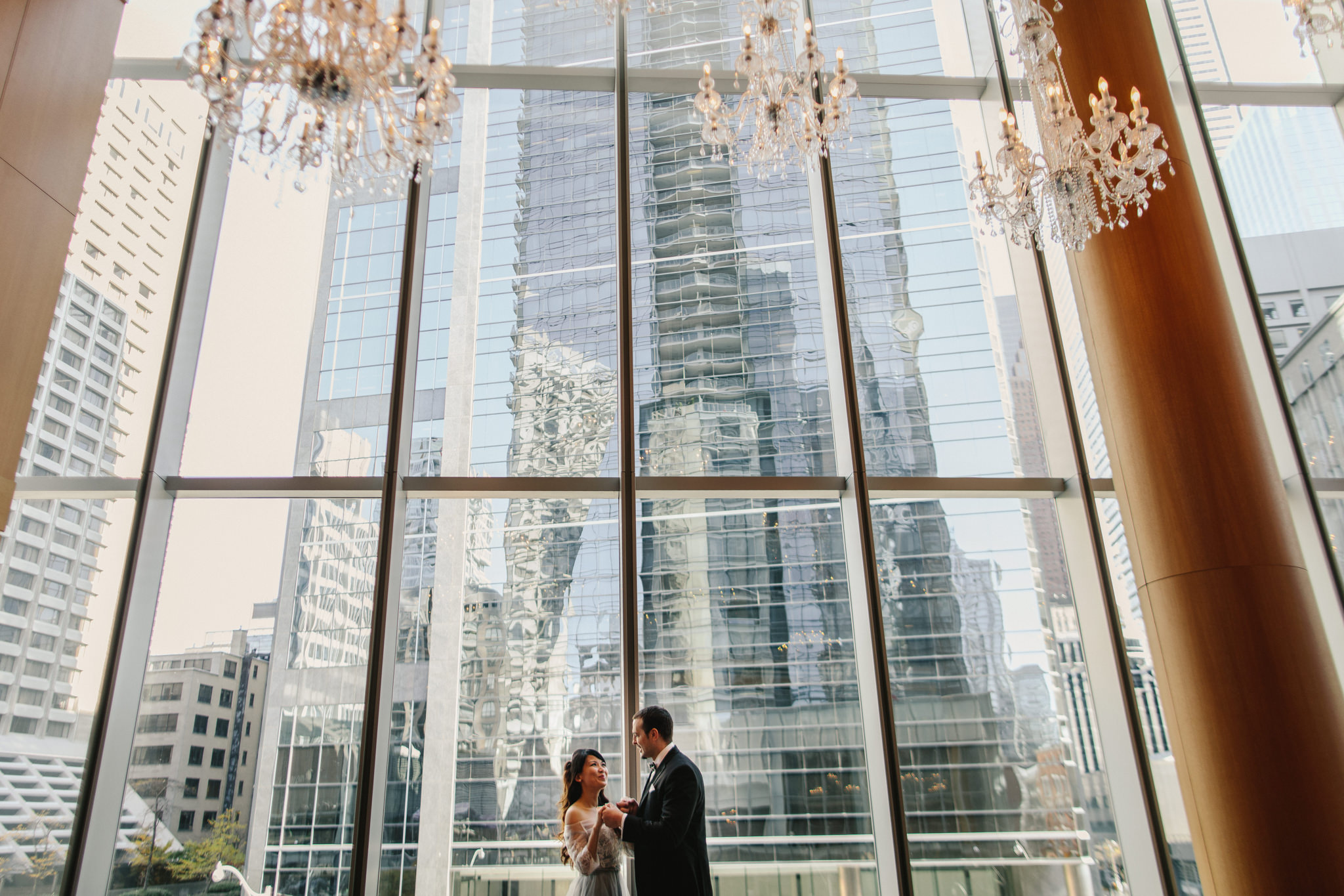 how do you become a wedding photographer
