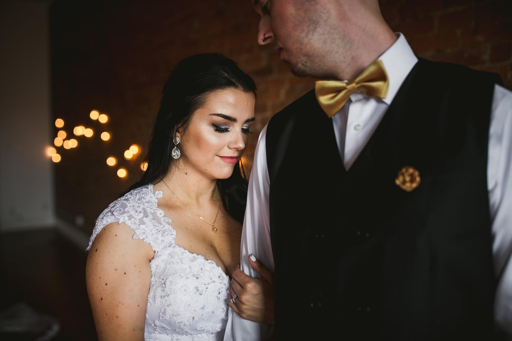 Durham Wedding Photographer: Kindred Loft Wedding Photos