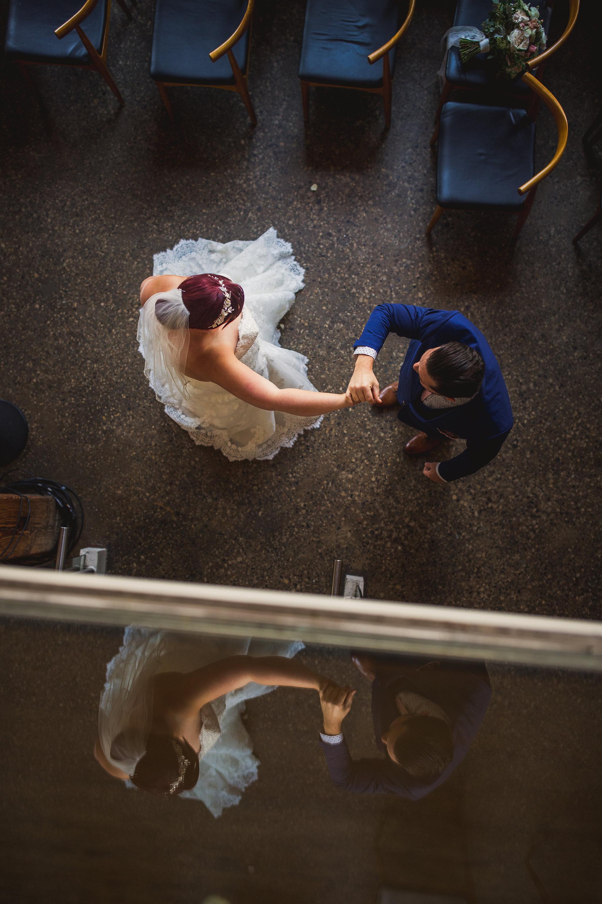 wedding photos at hotel ocho