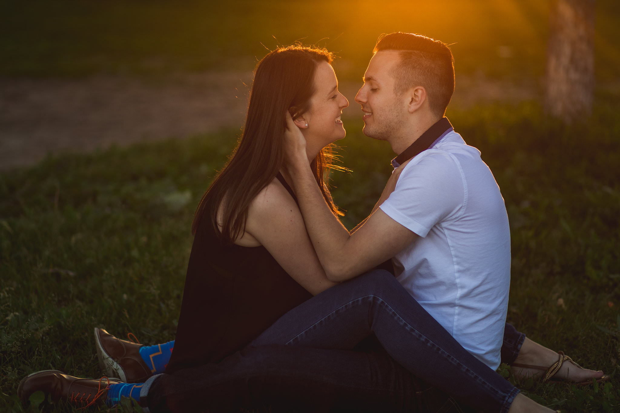 relaxed engagement photos toronto