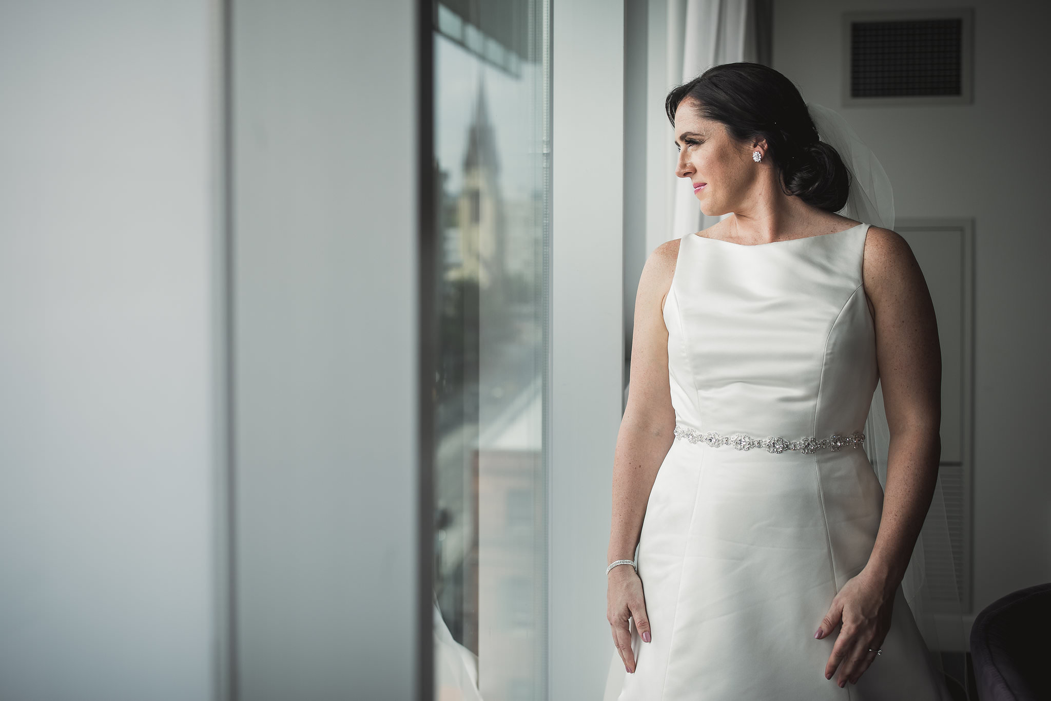 bride at thompson hotel