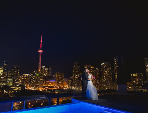 thompsonrooftopweddingphotos 48 600x460 - Kitchener Wedding Photographer