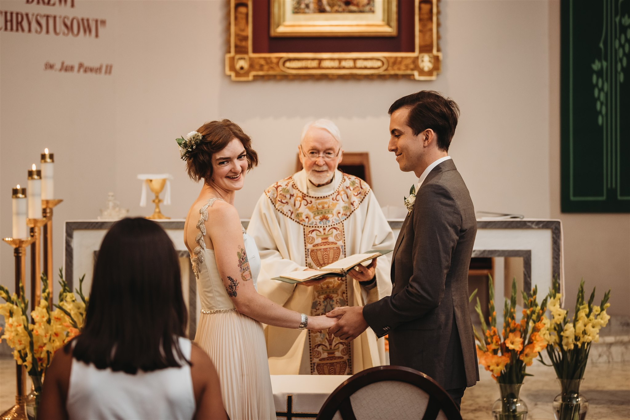 wedding ceremony at our lady of czestochowa polish catholic church in london ontario, captured by london wedding photographer Chelsey of Ten2Ten Photography