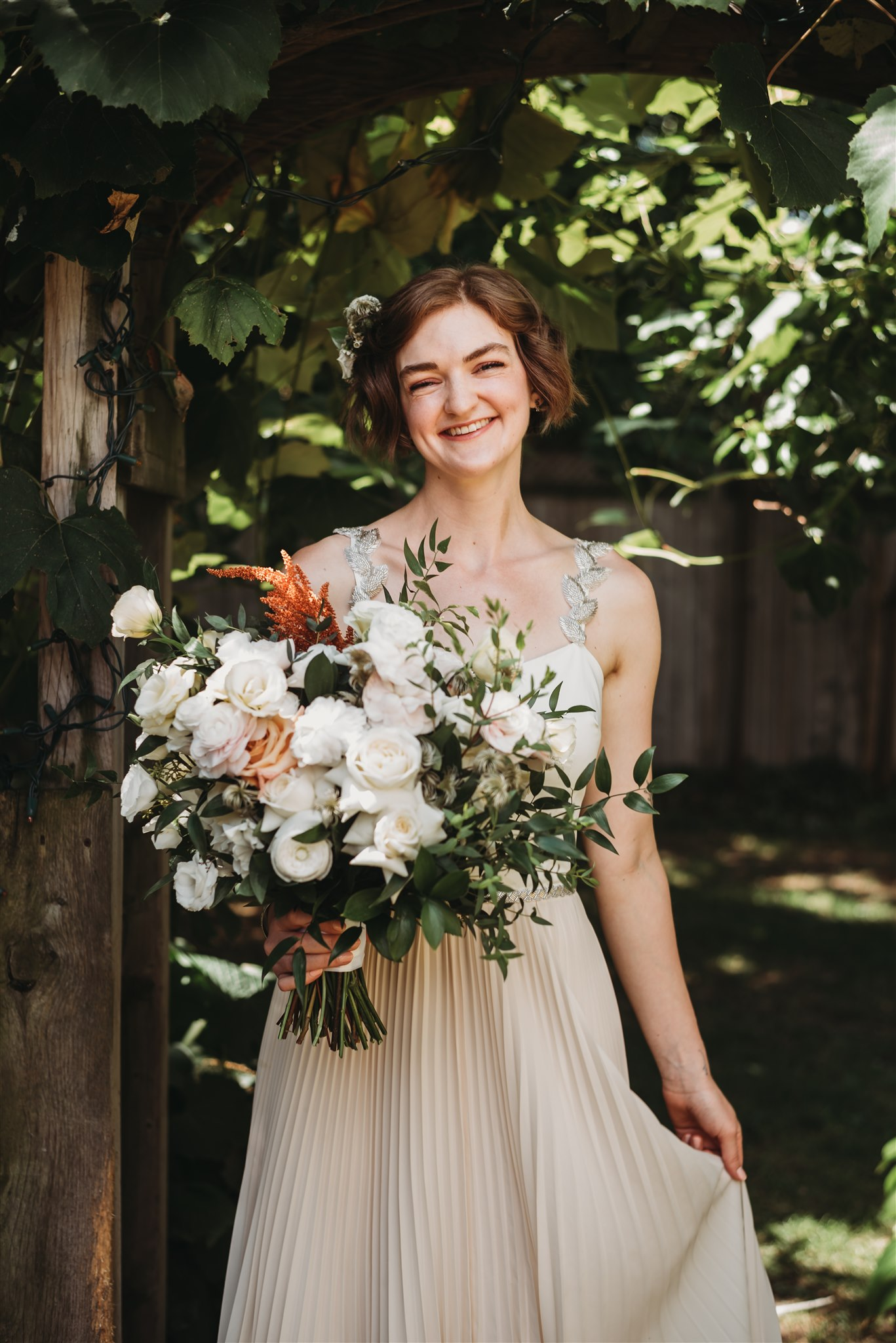 beautiful backyard rustic wedding in london ontario