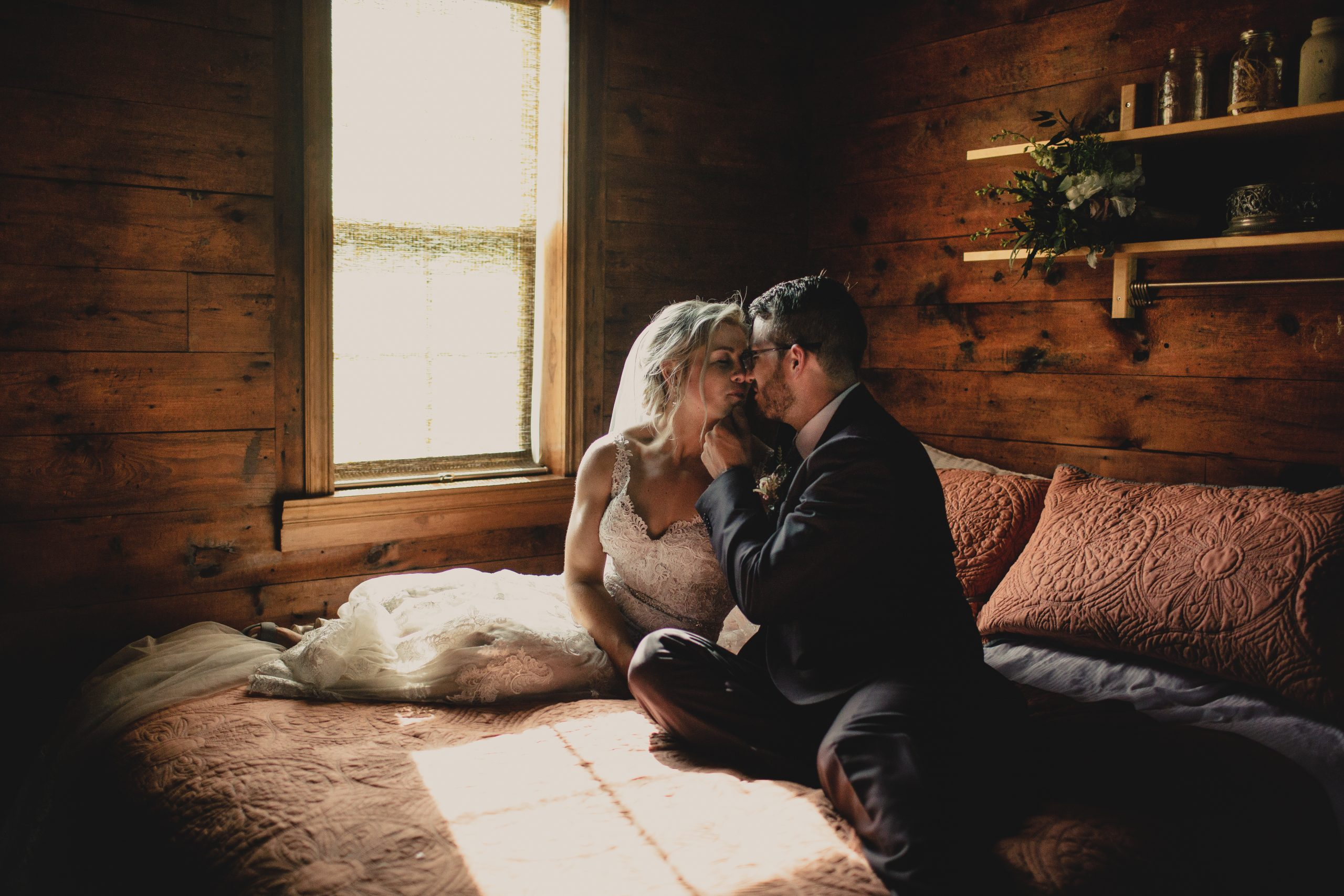 man and woman quarantine during wedding because of coronavirus