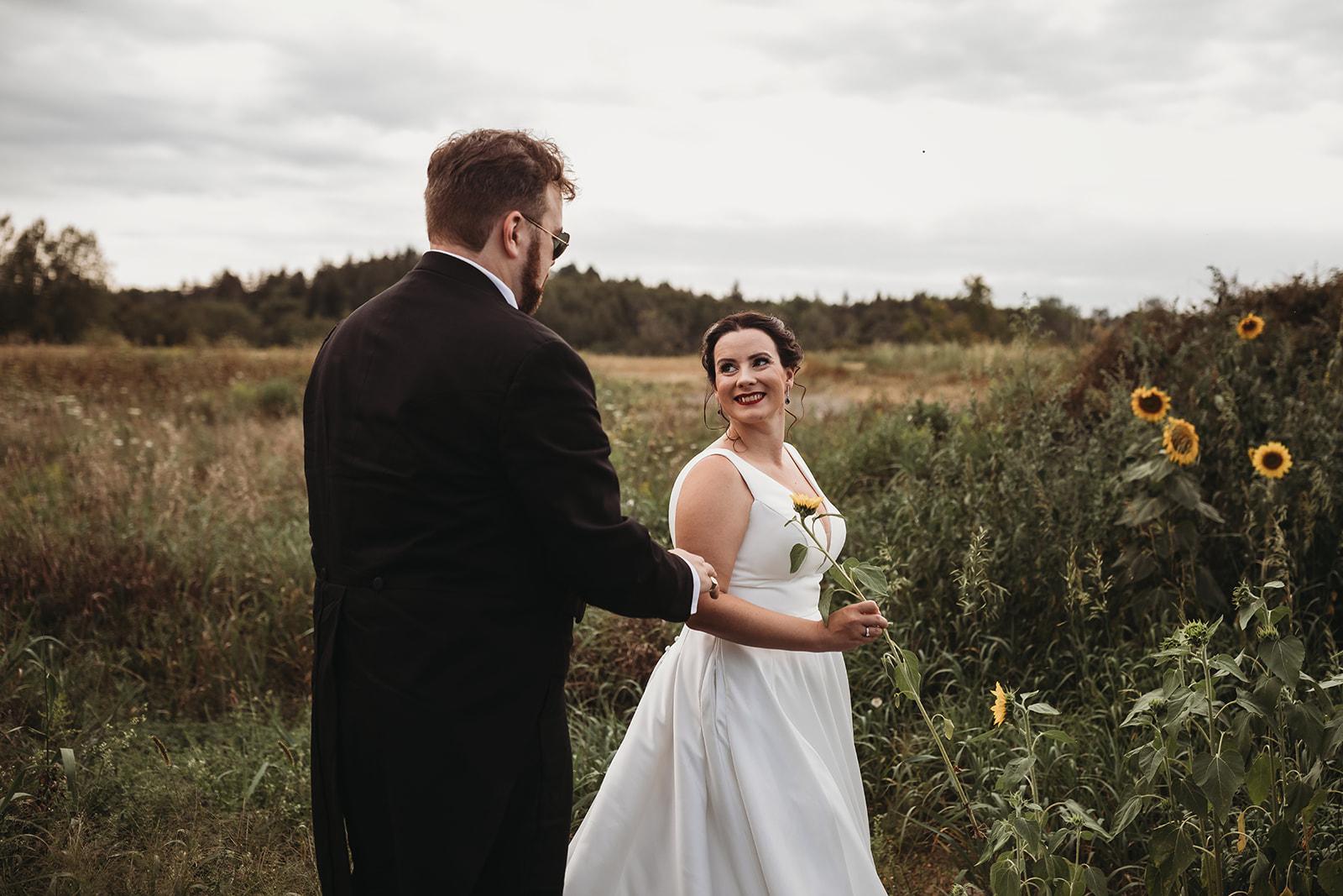 Reasons To Do A First Look ten2ten photography