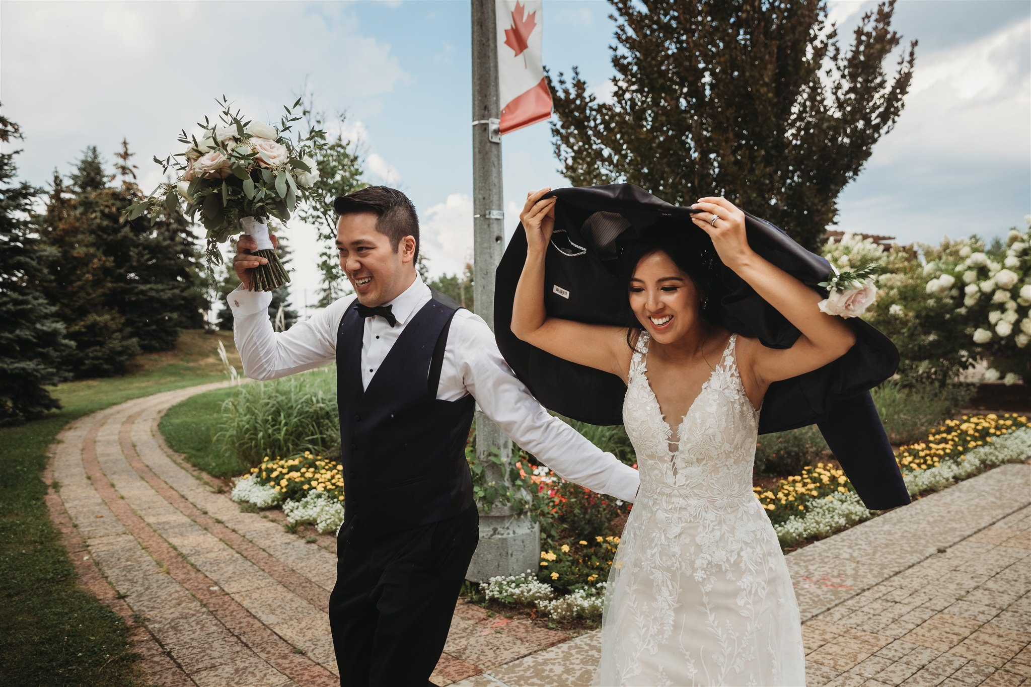 Richmond Green wedding photos, rainy wedding photos